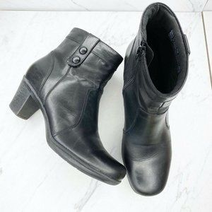 Clarks Bendables Leather Black Boots Booties Shoes